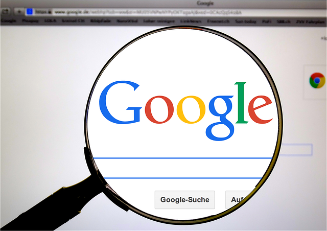 Magnifying Glass on Google's Quotes About SEO